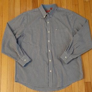 Men's Izod non-iron shirt